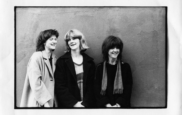 15_1_THE_RAINCOATS_A2.jpg