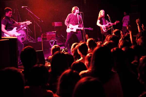2012_02_The Vaccines_A1.jpg