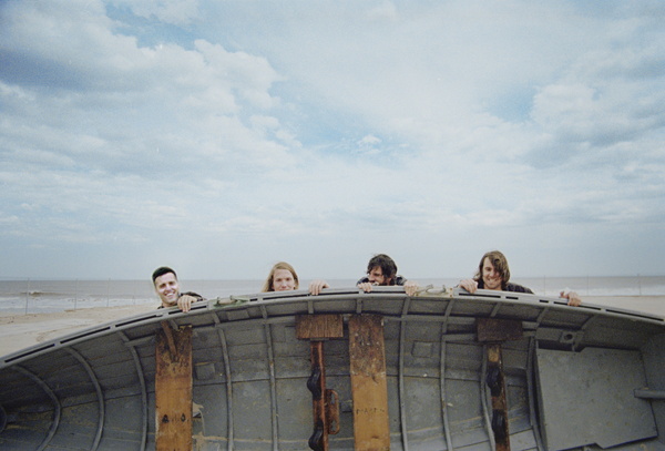 2012_08_The Vaccines_A3_Christaan Felber.jpg